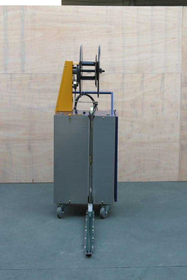 batterystrapping.com-Poluautomatski-stroj-za-omatanje-paleta-COMBO-novo